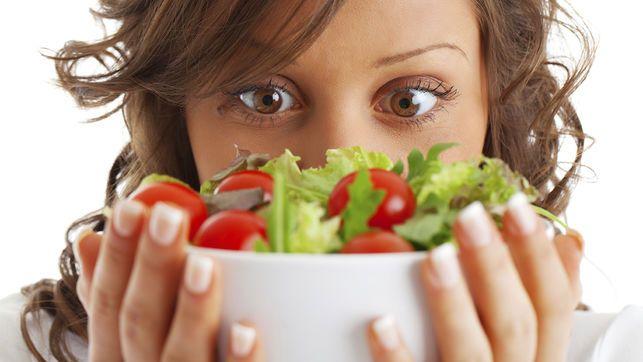 Cuando hablamos de ensaladas , en lo primero que pensamos es en la palabra DIETA? Error!! Nutrisalia, ahora te lo cuenta.